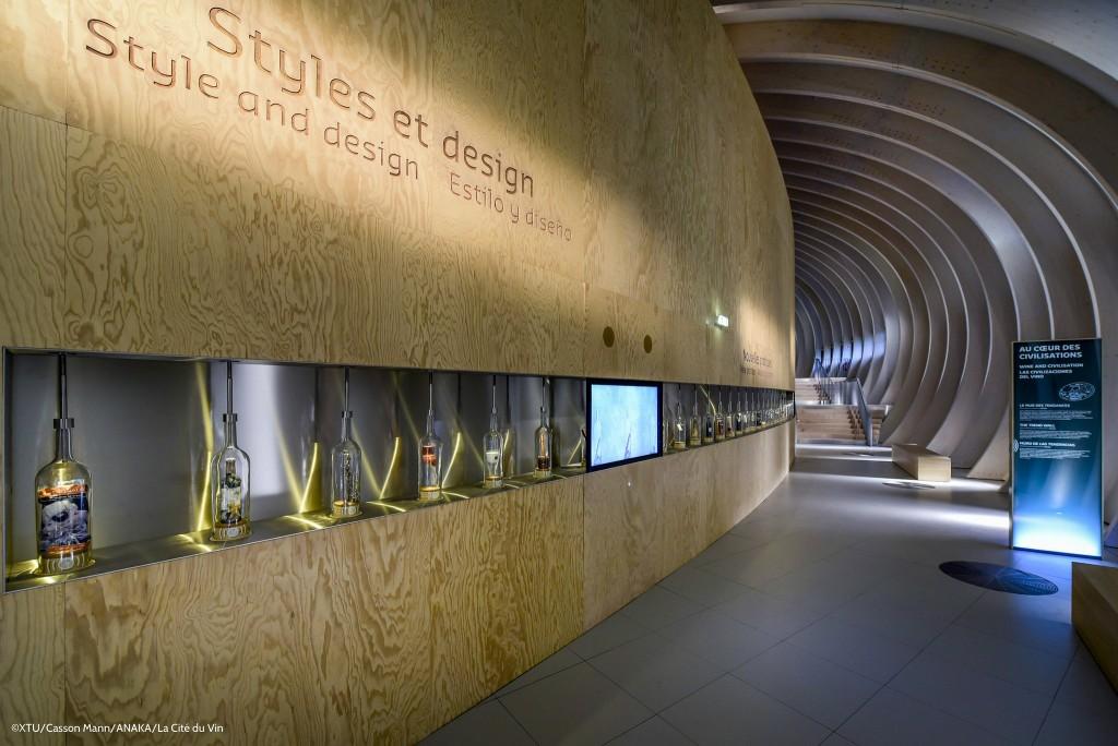 Parcours Permanent – Le mur des tendances ©XTU-Casson Mann-ANAKA-La Cité du Vin